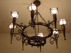 Кованый светильник 4